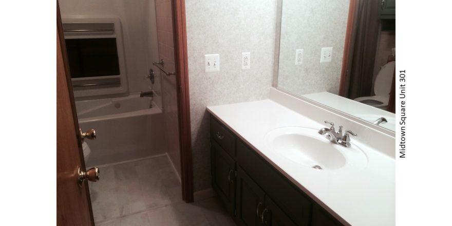 Midtown-Square_Unit-301_bathroom-1_1600x900