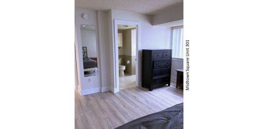 Midtown-Square_Unit-301_bedroom-2-1_1600x900