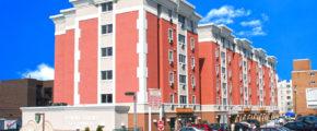 CentreCourt exterior