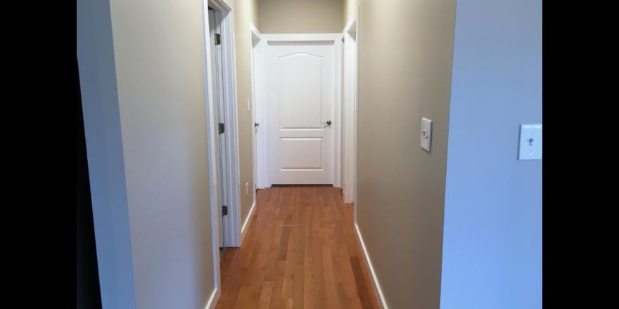 116 Deepwood First Floor Hallway